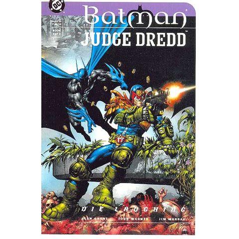 Batman-e-Judge-Dredd---Die-Laughing---2