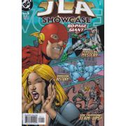 JLA-Showcase-80-Page-Giant