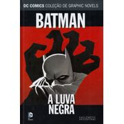 DC-Comics---Colecao-de-DC-Comics---Colecao-de-Graphic-Novels-65---Batman---A-Luva-NegraGraphic-Novels-61---Batman-Cacadora---Sede-de-Sangue