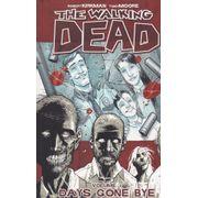 Rika-Comic-Shop--Walking-Dead---01--TPB-